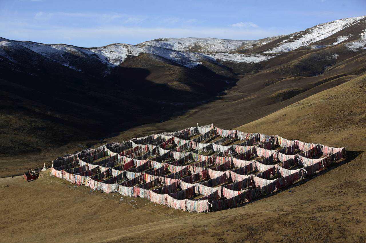 0 ef768 f06d08cd orig Sepultamento celestial no Tibete (AVISO: não recomendado para pessoas impressionáveis)