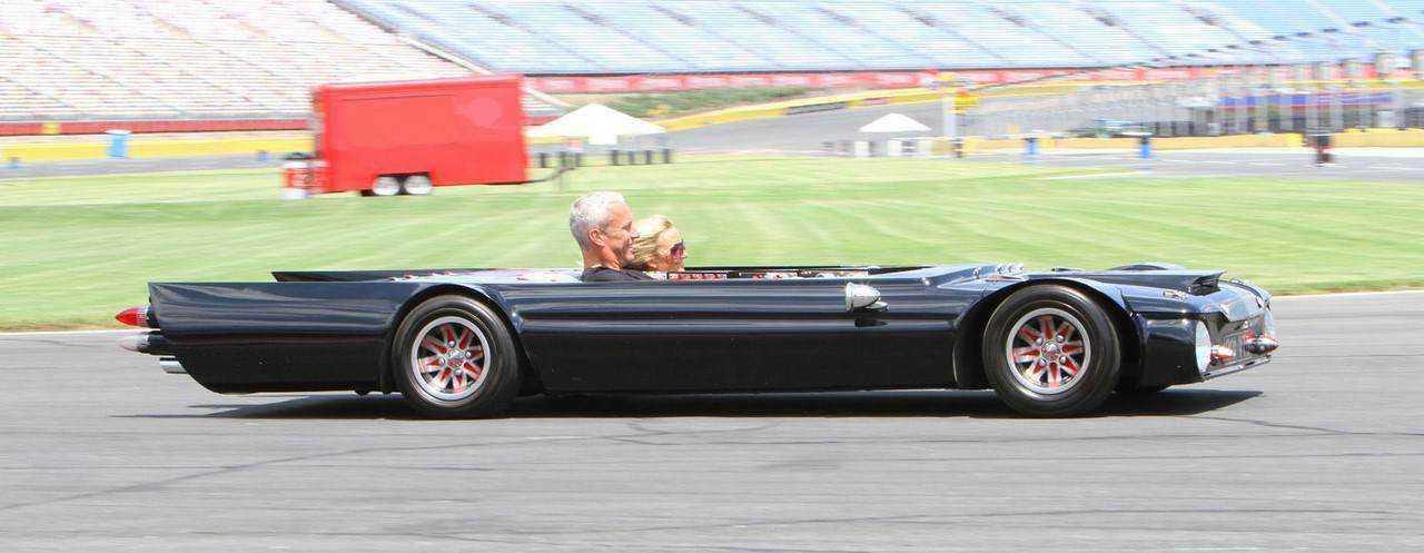 0 f7e23 ec14741 orig O carro mais rebaixado do mundo