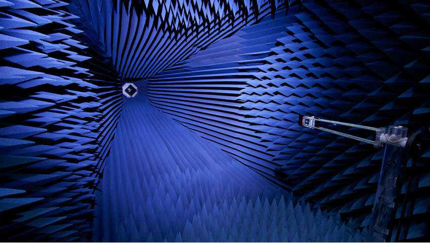 iphone-anechoic-chamber-apple-testing-labs
