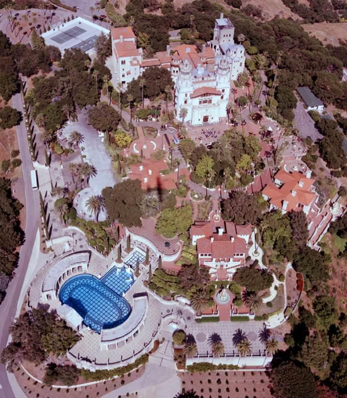 %name O incrível Castelo Hearst