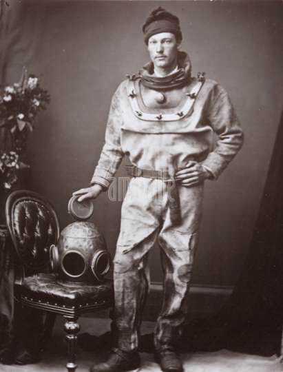 Diver 1874 ambaile