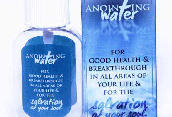 TB-Joshua-anointed-water-550x372
