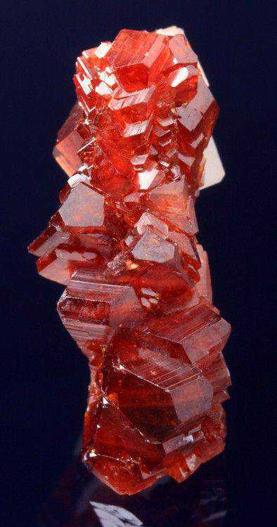 07f2afa2b0dd15a074eb3925db5dfd8b 10 incríveis pedras preciosas vermelhas