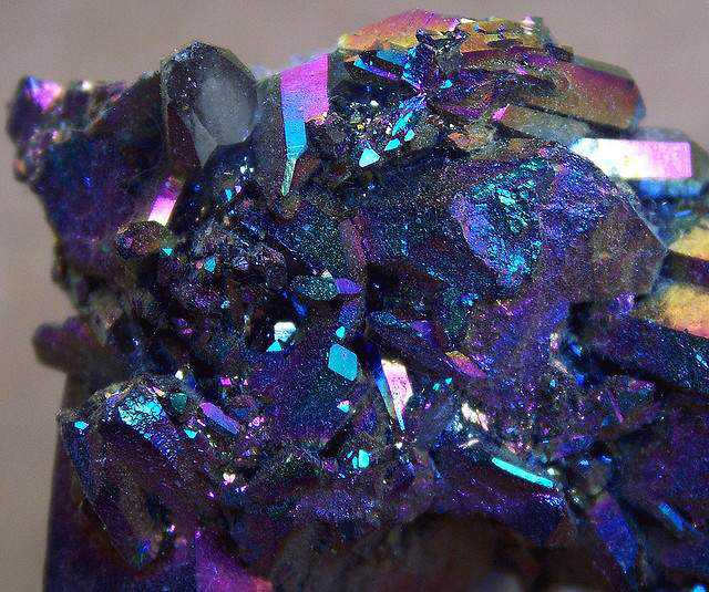 091fbbb45242ac4d65e1f81aadd2c083 10 Pedras sensacionais nas cores roxo e lilás