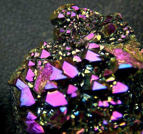 68d92f890f4080ea0b6bc81e4a5aac1f 10 Pedras sensacionais nas cores roxo e lilás