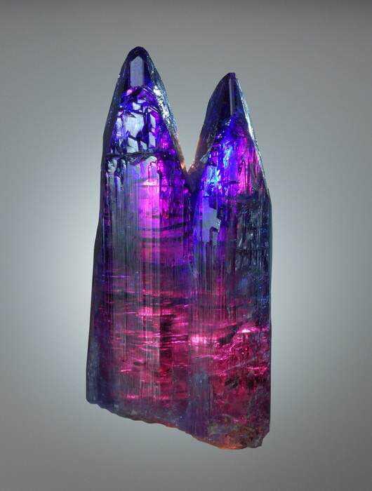 7c1f22ff5711a9e3ee18750919185a04 10 Pedras sensacionais nas cores roxo e lilás