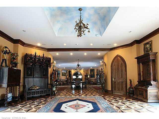 Chrismark Castle9 Tá com 40 milhões de dólares sobrando aí? Que tal comprar este castelo?