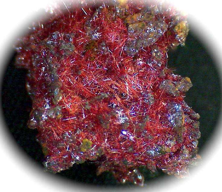 cuprita calcotriquita 10 incríveis pedras preciosas vermelhas