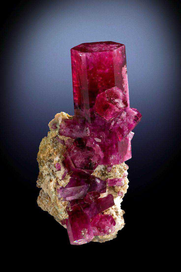 d9f0387fd3bea5068504892c738a0e40 10 incríveis pedras preciosas vermelhas