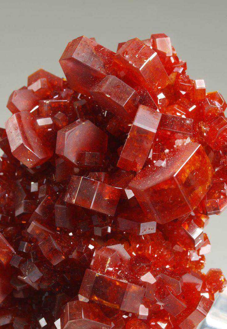 e76a782d4f18be7b17c16856f04ce8ab 10 incríveis pedras preciosas vermelhas