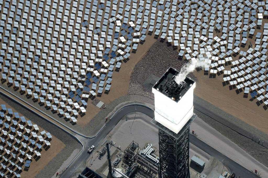 140818 solar panel bird deaths main 226p d213e79abc660b28984b7a5d0fcbf098 1024x680 Novos modelos de usinas solares