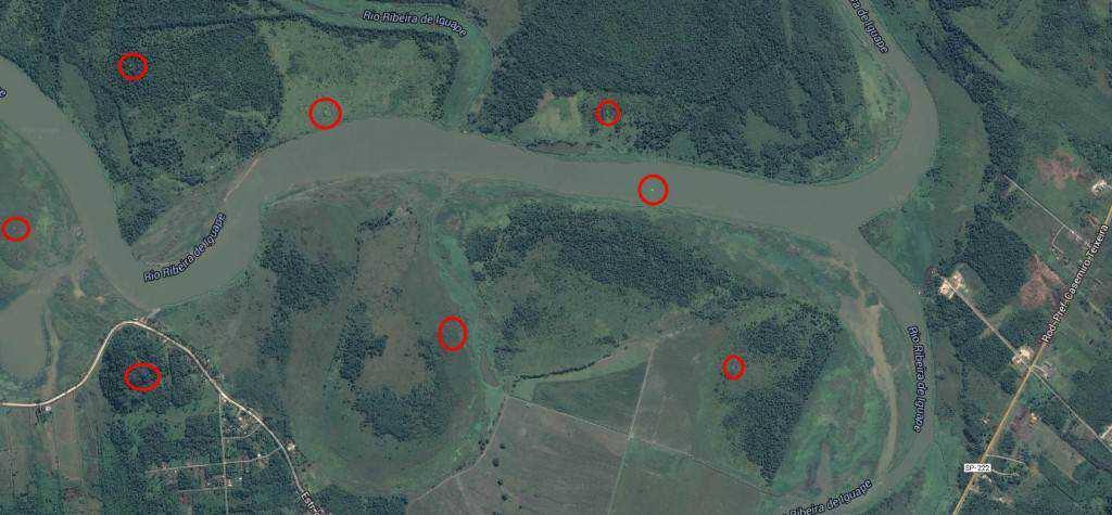 estranhos 1024x475 Pontos verdes misteriosos nas imagens de satélite: O que é isso?