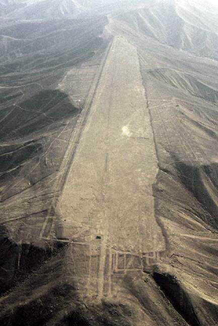 152b70e14b58b14f097fe864b51865bd Desenhos para serem vistos dos céus: O mistério dos geoglifos pelo mundo
