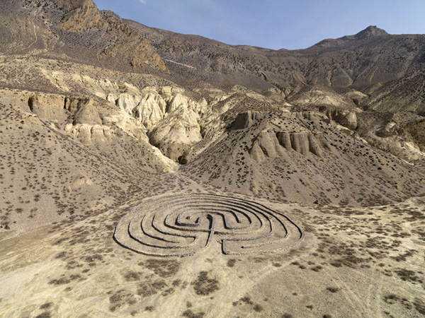 Andrew Rogers 18 Desenhos para serem vistos dos céus: O mistério dos geoglifos pelo mundo