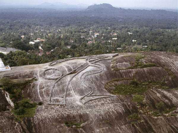 Andrew Rogers 22 Desenhos para serem vistos dos céus: O mistério dos geoglifos pelo mundo