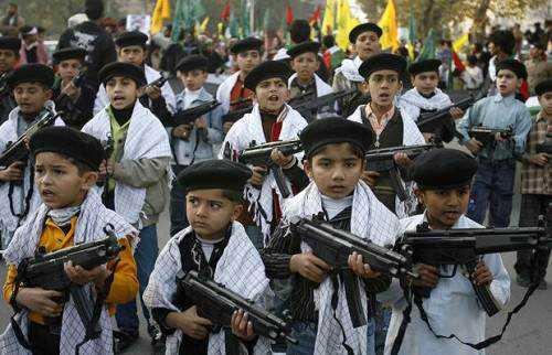 Funny Kids with Guns 3 500x322 Novos exércitos