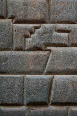 andes5 cusco2 Aliens e os paredões de pedra misteriosos dos templos Incas