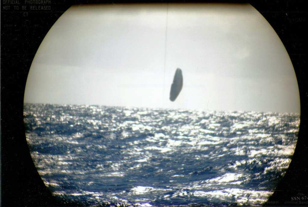 Original-scan-photos-of-submarine-USS-trepang-3-1
