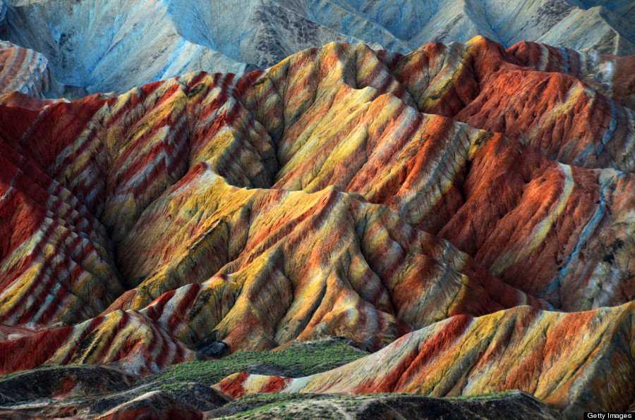 o RAINBOW MOUNTAINS 900 1 Montanhas arco íris