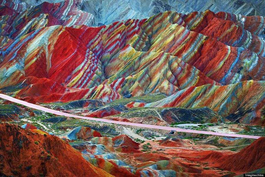 o RAINBOW MOUNTAINS 900 6 Montanhas arco íris