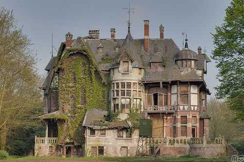 6d3f9790b1ef0d7c2c9d86a51ef218bd Casas abandonadas que parecem mal assombradas