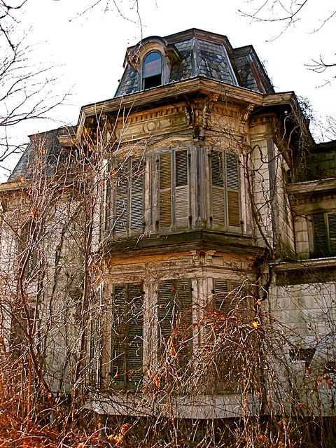 9f5ebe135f6c02a3690994982658e77c Casas abandonadas que parecem mal assombradas