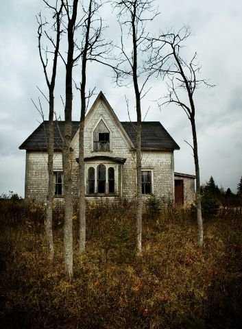 b5c8753324a7ca16408ce6bde4450c38 Casas abandonadas que parecem mal assombradas