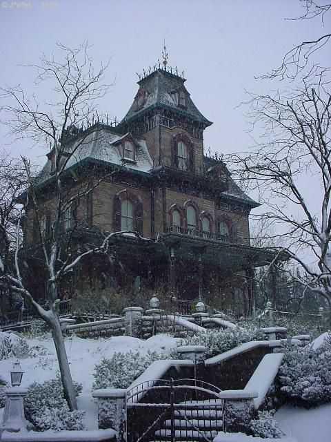 deeb1cc674caec1fe180cf246b206154 Casas abandonadas que parecem mal assombradas