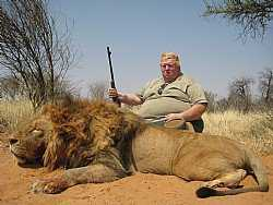 lion trophy hunt Caçador: O pior do lixo humano