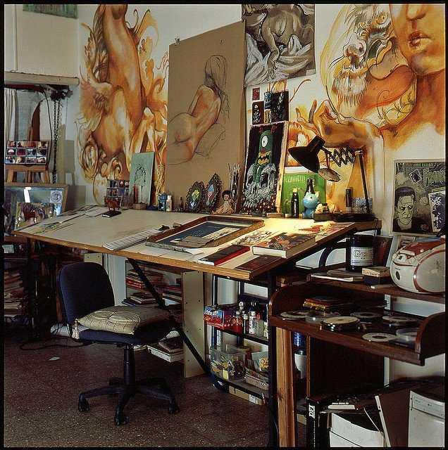 2be1cabaa2cbcad1a11586b572adc7d8 Incríveis espaços de trabalho para artistas