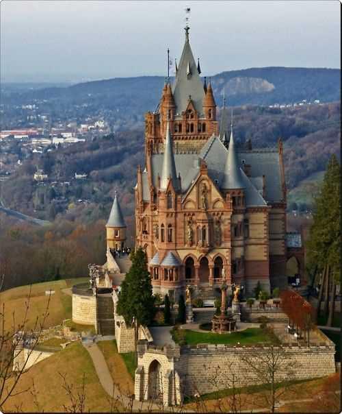 Dragon Castle Schloss Drachenburg Germany Foto Gump do dia: Castelo Dragon
