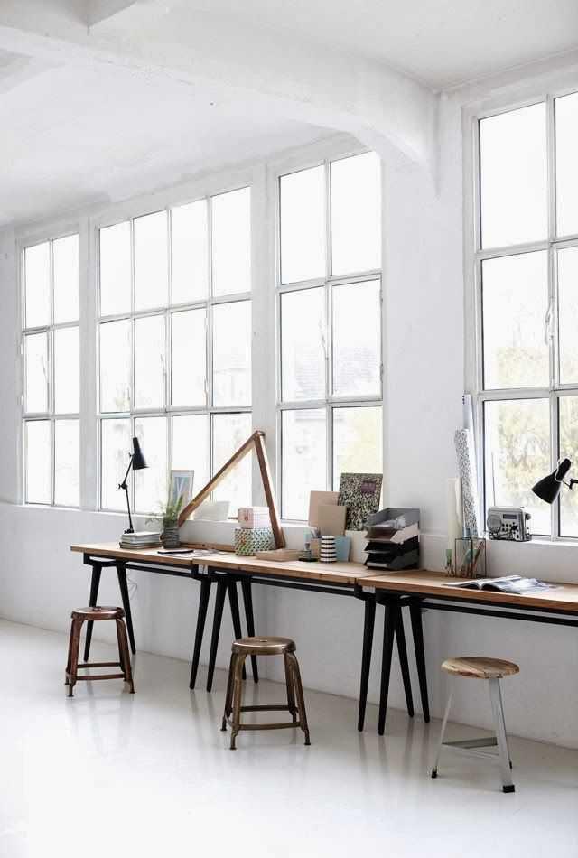 a12e132238eb6e79d6c27a6f9ceb74c8 Incríveis espaços de trabalho para artistas