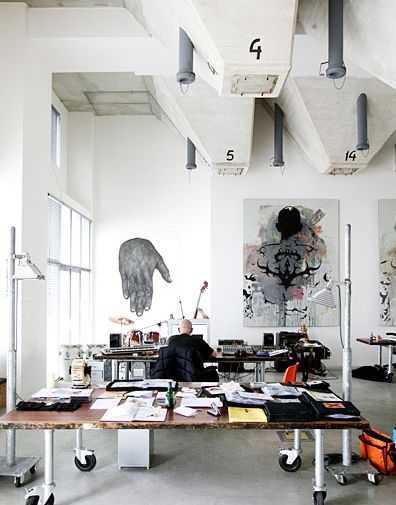 cb5e7ccb72db16ab383826b34dc502ba Incríveis espaços de trabalho para artistas