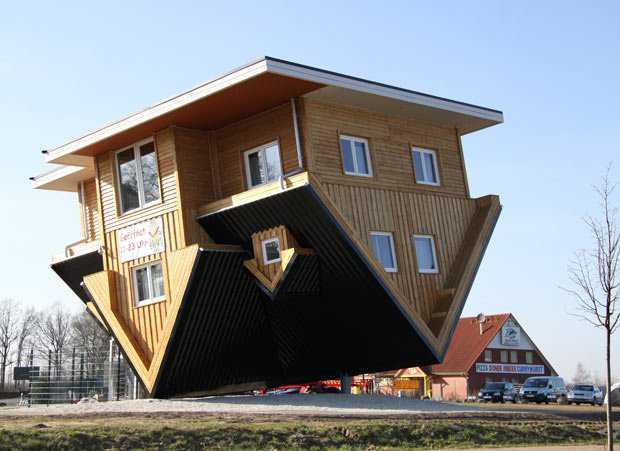 upside down house 2029450i Casas de cabeça para baixo