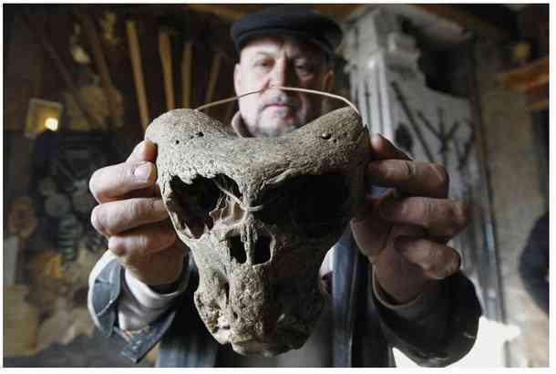 ady8 O mistério dos crânios bizarros descobertos nas montanhas da Russia