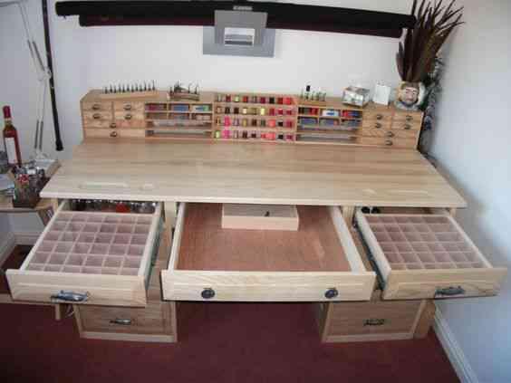7cf510d2f518be3514d52564f4392de6 1 Vinte armários para artistas, colecionadores e modelistas