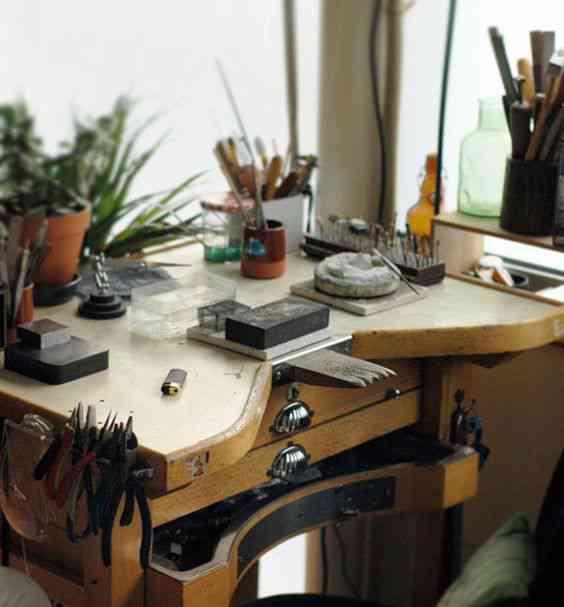 7f7f97dec7e5f6c1e9a0c1f6b7fba50d Vinte armários para artistas, colecionadores e modelistas
