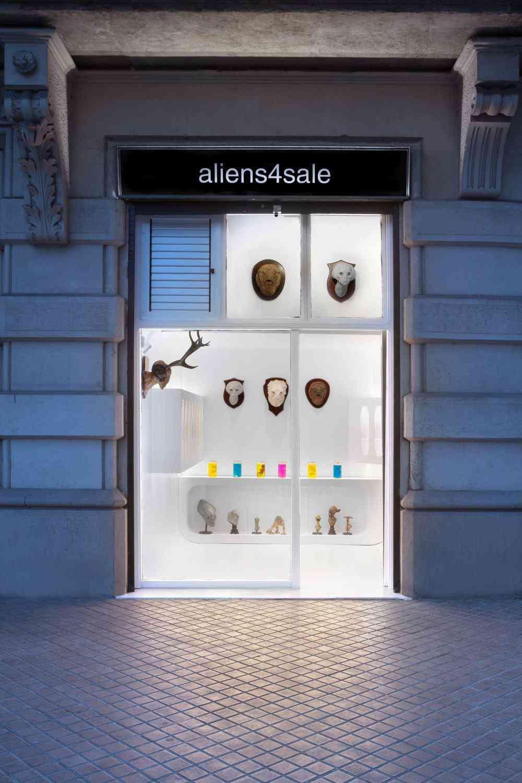 alients barcelona Feto alien no tubo