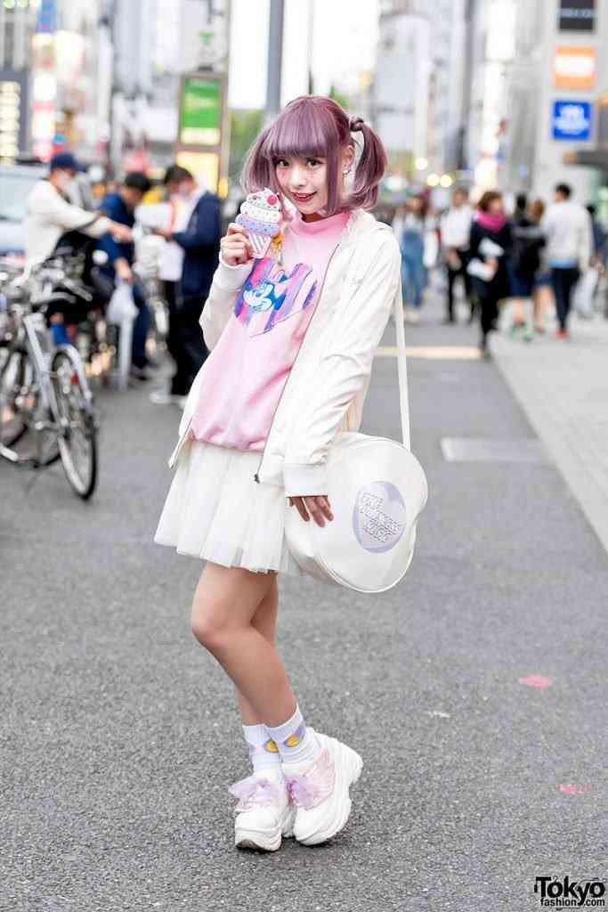 0 199ae8 cae4c289 orig 683x1024 Moda nas ruas do Japão