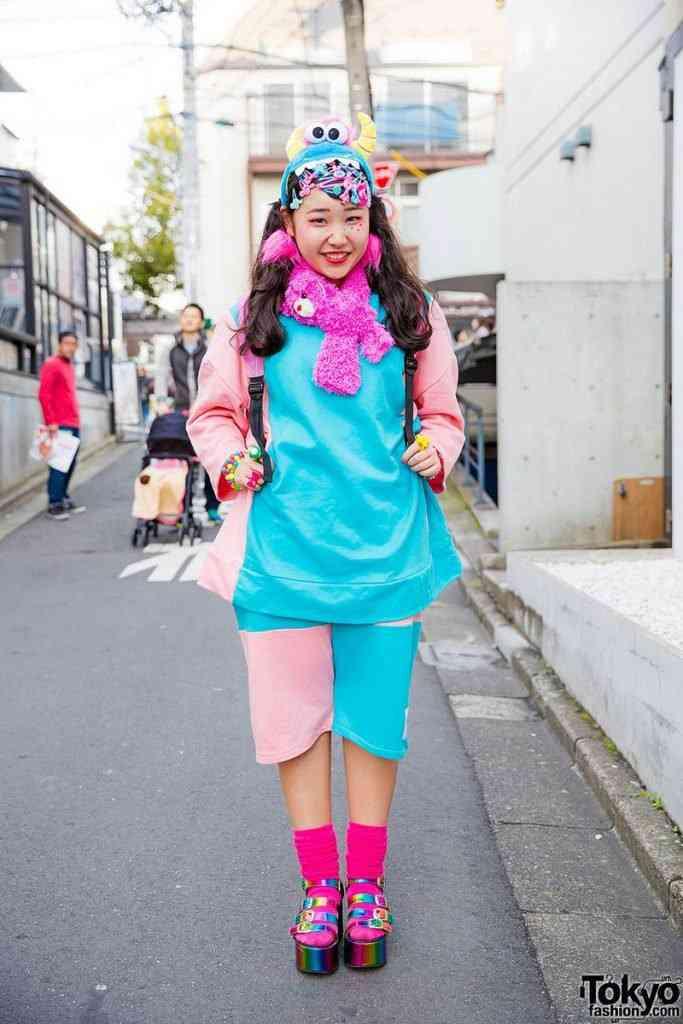 0 199aee 87292390 orig 683x1024 Moda nas ruas do Japão