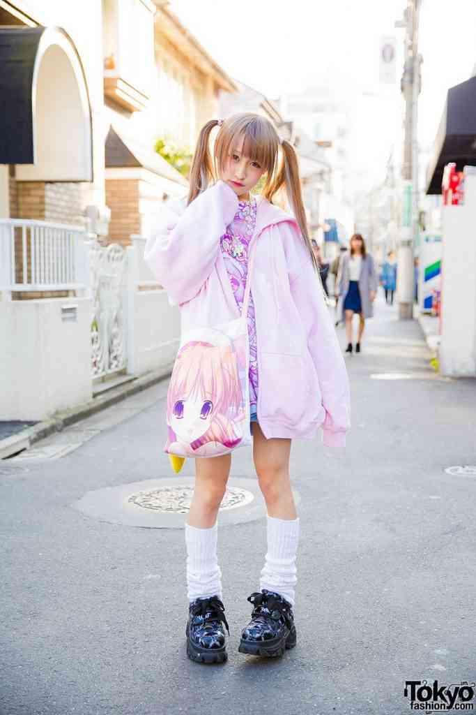 0 199af8 1056903a orig 683x1024 Moda nas ruas do Japão