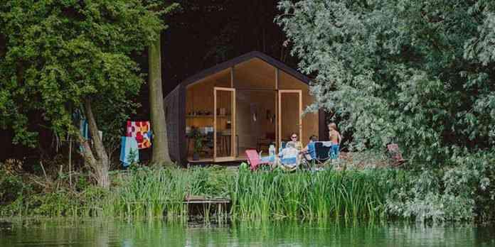 260416 26 696x348 Uma micro casa na Escandinávia e outros projetos de cair o queixo