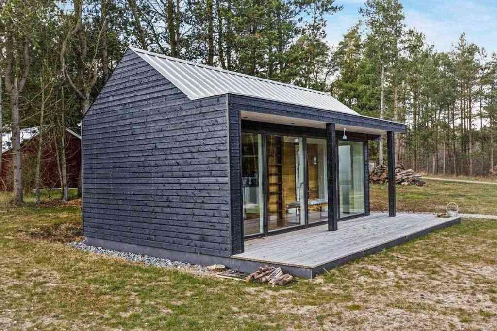 290416 12 1024x683 Uma micro casa na Escandinávia e outros projetos de cair o queixo