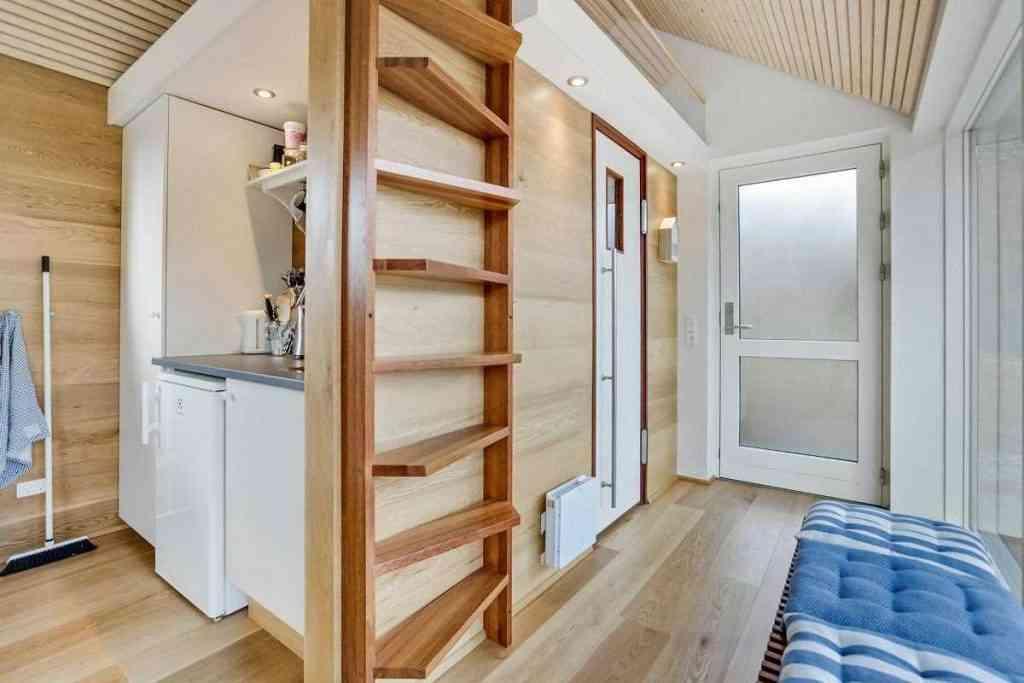 290416 14 1024x683 Uma micro casa na Escandinávia e outros projetos de cair o queixo