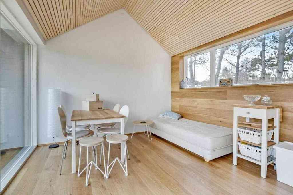 290416 16 1024x683 Uma micro casa na Escandinávia e outros projetos de cair o queixo