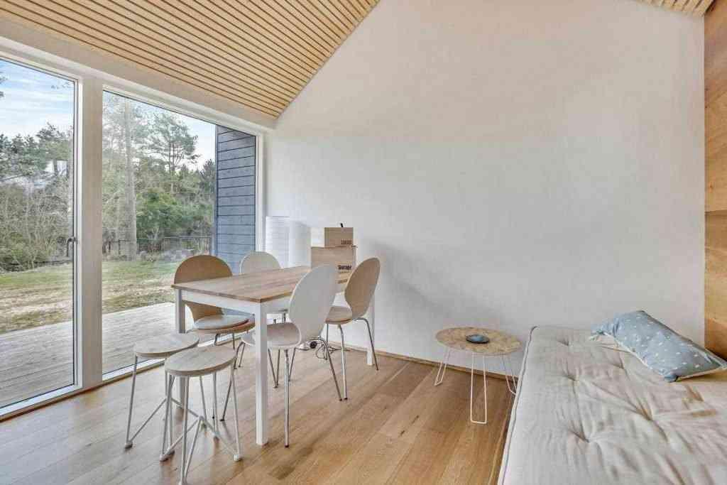 290416 17 1024x683 Uma micro casa na Escandinávia e outros projetos de cair o queixo