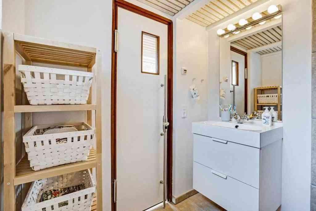 290416 21 1024x683 Uma micro casa na Escandinávia e outros projetos de cair o queixo