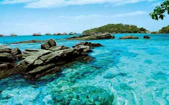 Bombinhas santa catarina praia turismo viagem8 Paisagens de brilho branco