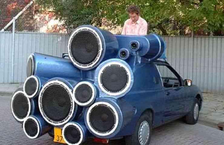 car stereo car1 740x480 Fascinação por carros