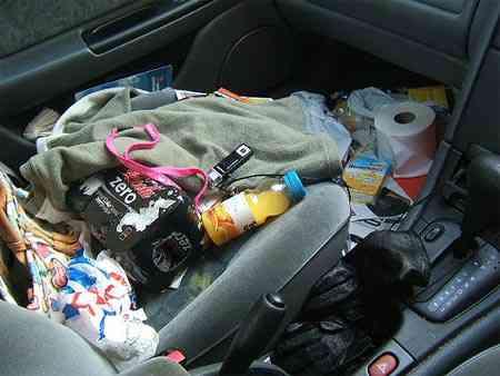 08 Carro sujo: Você não vai acreditar no grau de imundície desse carro!